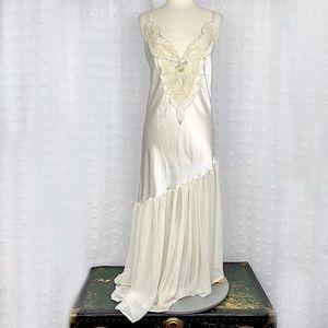 Vtg Mara Intimates off white satin beaded neglige